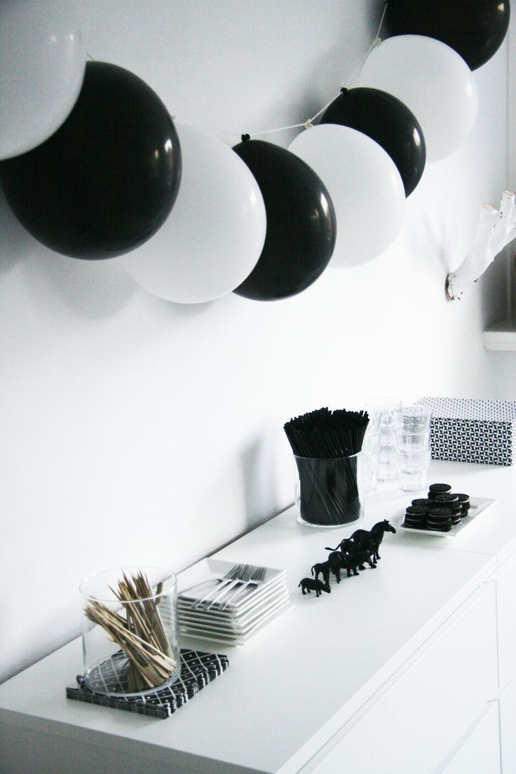New year theme ideas for house parties bookeventz Black and white themes for tumblr