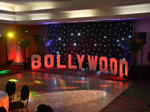 bollywood theme for a college fresher's party