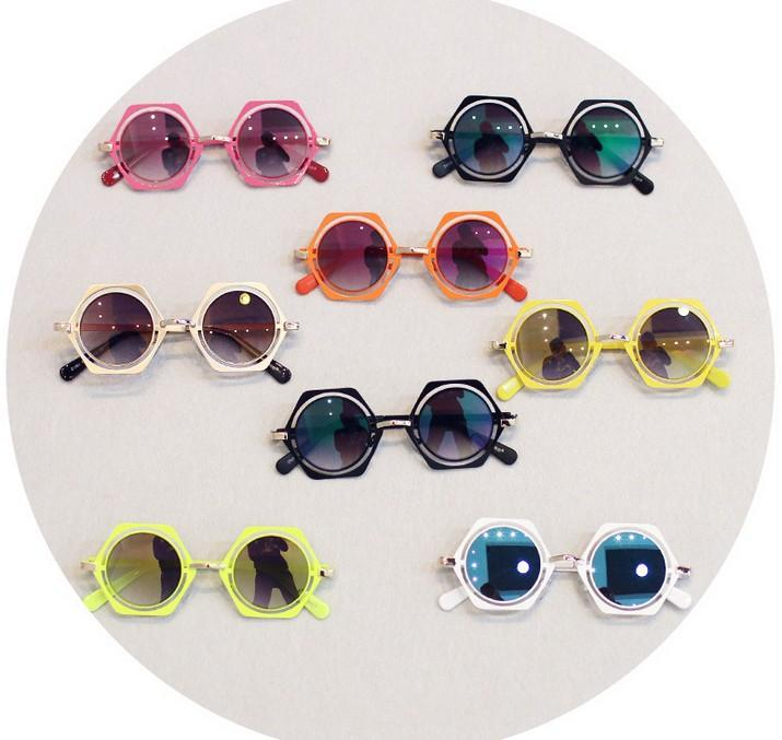 sunglasses- gift idea for freshers party