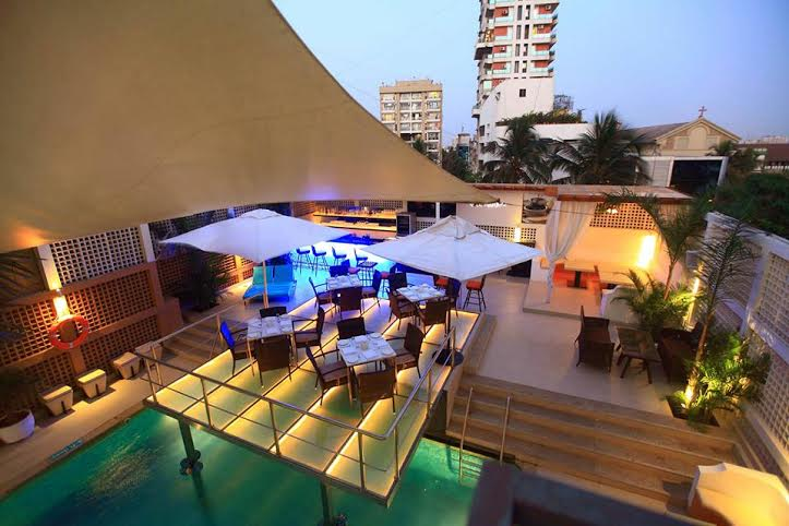cest la vie get together party venue in bandra