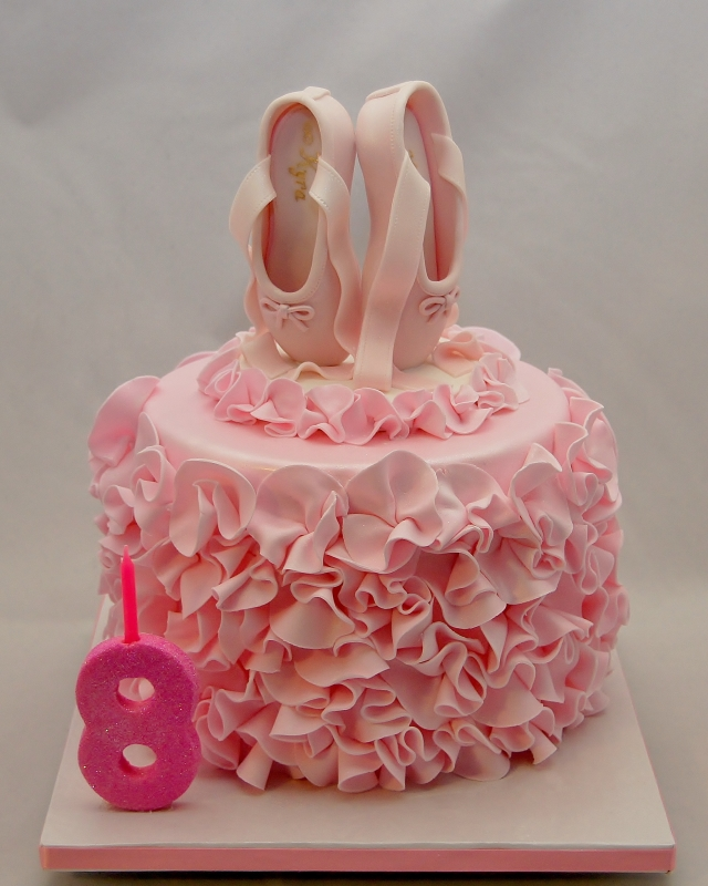 What To Do With Plastic Cake Topper After Bday