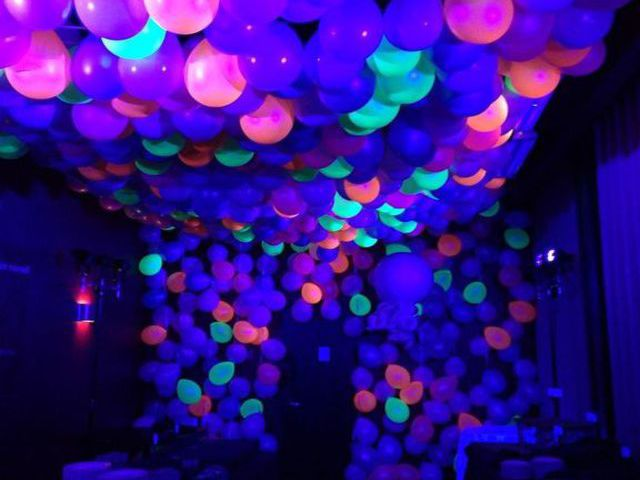 blacklight balloons