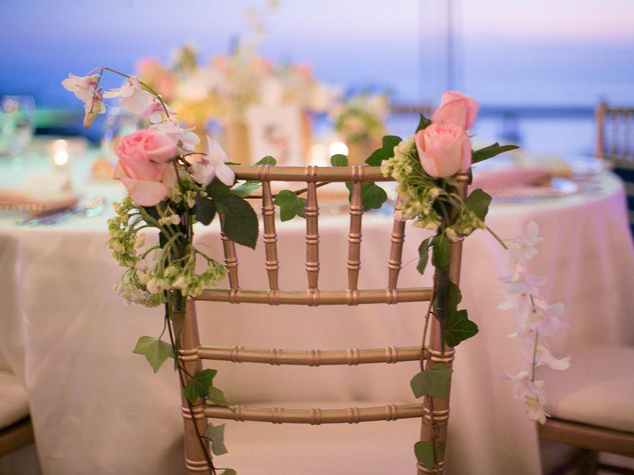 pink rose chair decor