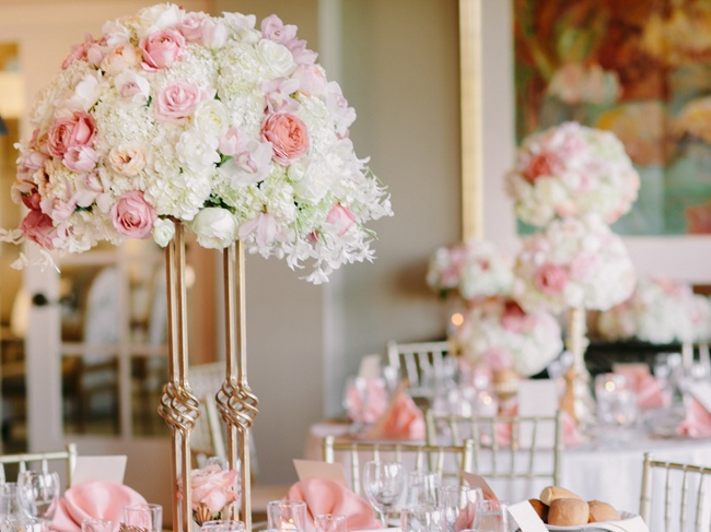 white-pink-roses-floral-wedding-table-centrepiece-wedding prop