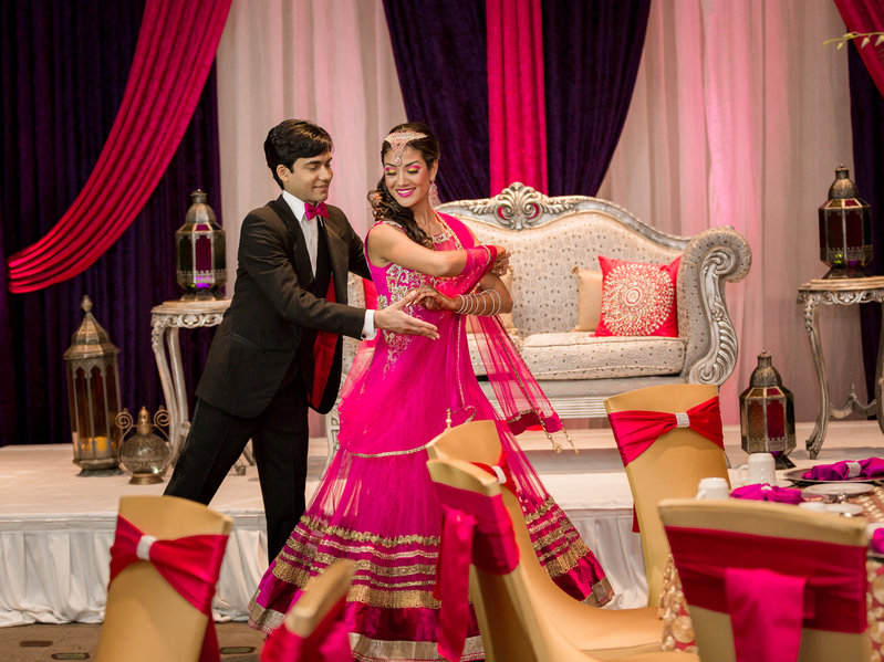 indian-weding-photography-couple-dance-2