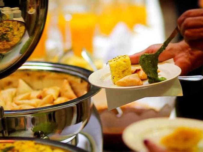 indian-wedding-photography-buffet-food