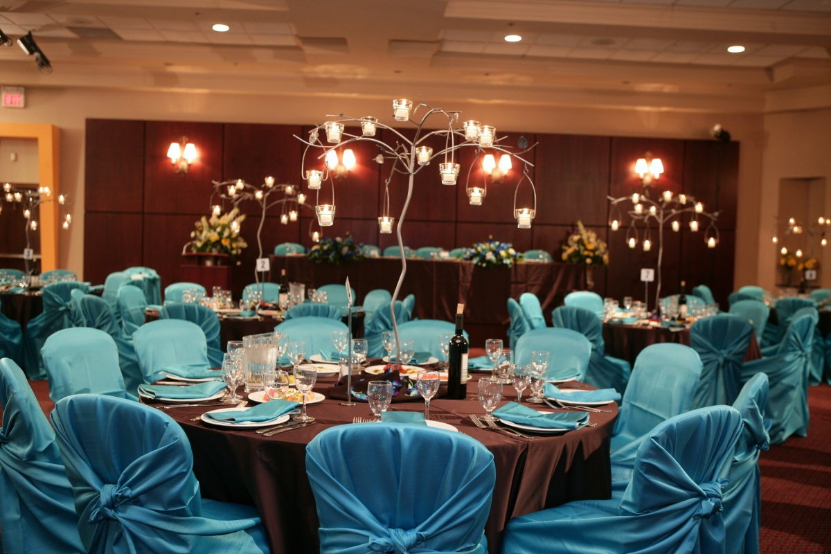Plan you party at any of these 5 get together party halls for Wedding reception photo ideas