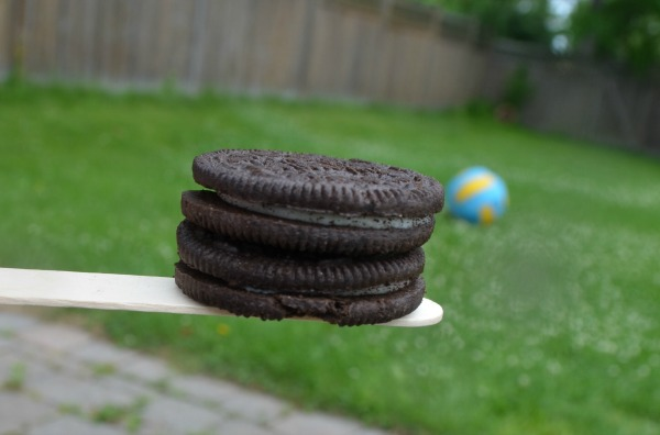 oreo-balance-get-together-party-game
