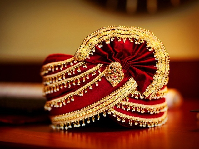 indian-wedding-photography-groom-accessories