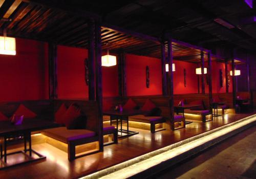 kiva bew pub cocktail party places in Pune