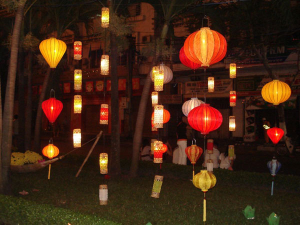hanging lanterns party lights