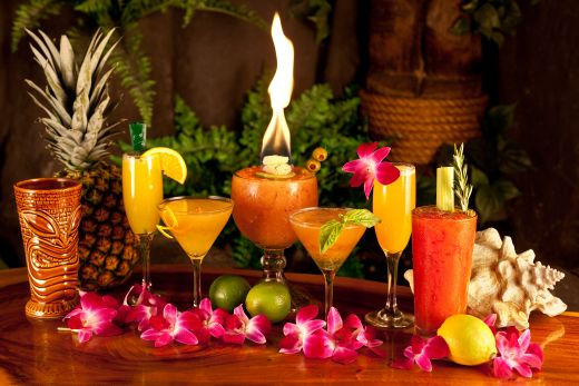 tropical Hawaiian drinks- cocktail party theme ideas