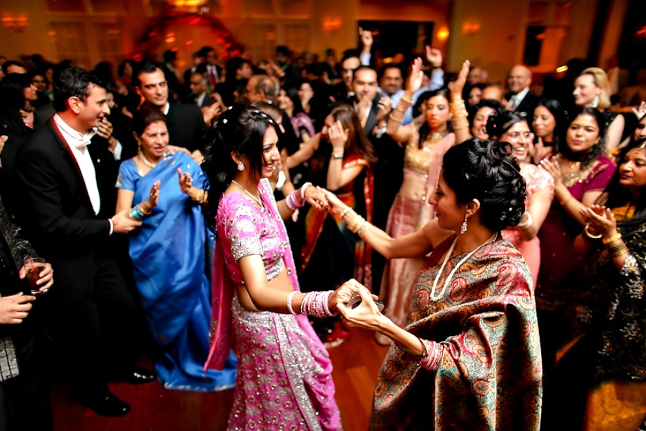 Reception Ceremony In Hindi: 10 Sangeet Ceremony Ideas For A Fantabulous Night