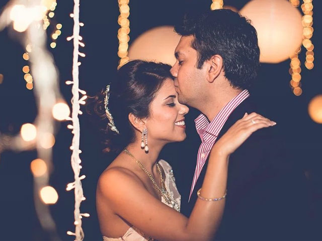 A Forehead Wedding Photography Poses