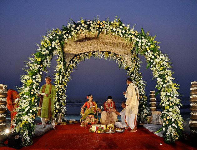 Beach Wedding in Kerala