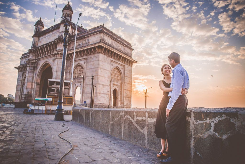 pre wedding photoshoot at Gateway of India