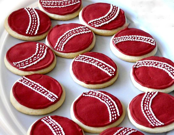 Cricket Cake, cricket theme, cricket party, 7 course meal, 7 course meal menu, ipl party