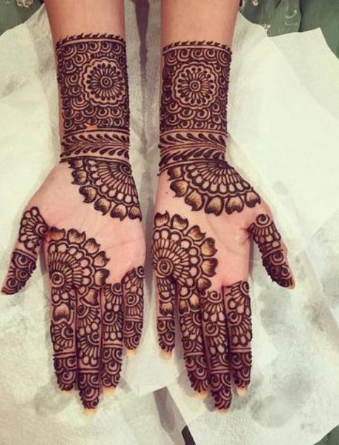 Minimalist mehendi, simple mehndi design, bridal mehndi design