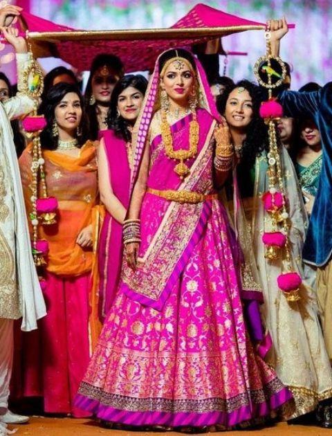 Phoolon ki chadar, Phoolon ki chadar for bride, Flower chadar, Bridal entry chadar, Bridal entry flower chadar, Fulo ki chadar