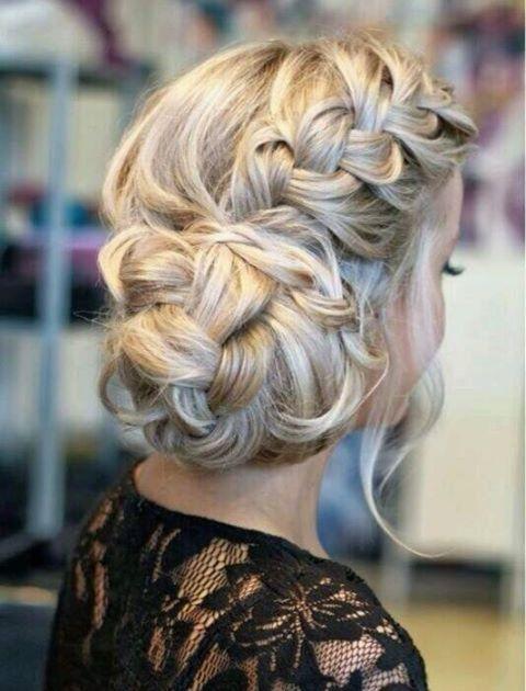 Navratri hairstyle, garba hairstyle, dandiya hairstyle, easy hairstyles for garba night, hairstyle for garba function, Navratri hairstyle step by step, hairstyle for garba night, Navratri hairstyle for long hair