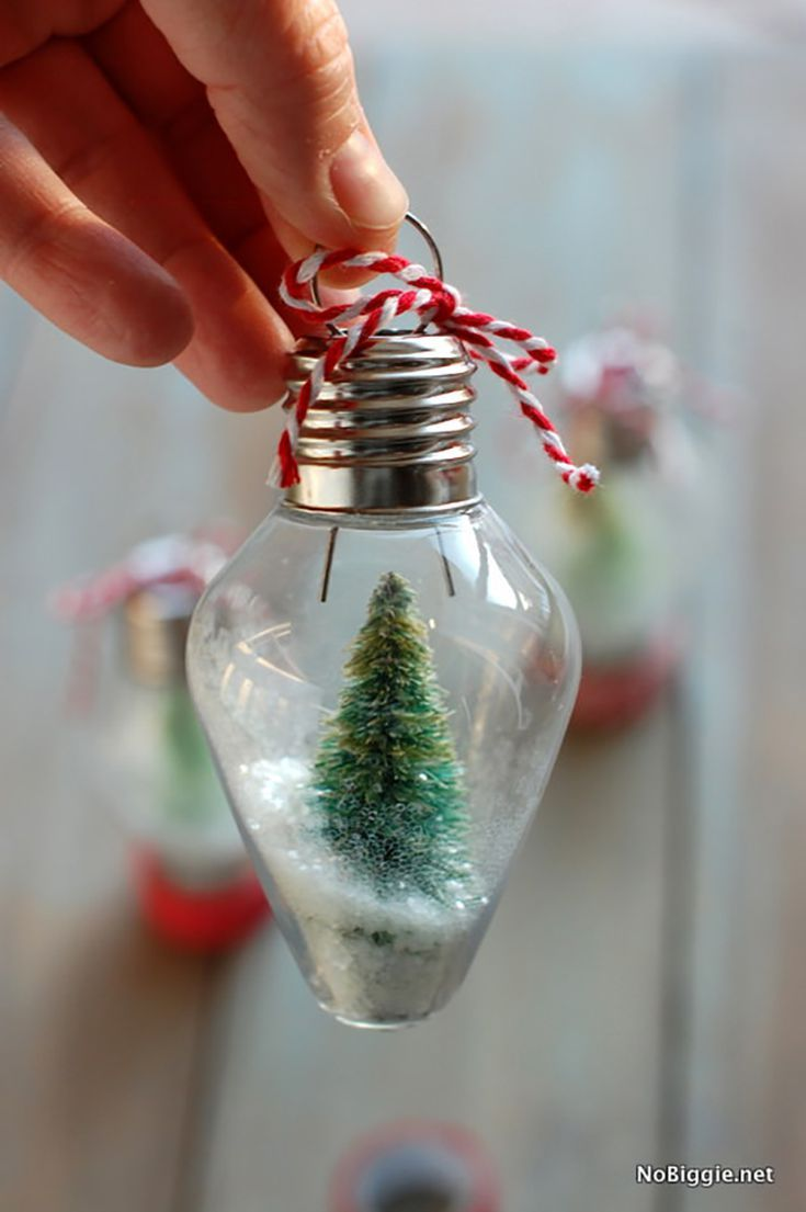 Christmas DIY Snow Globe