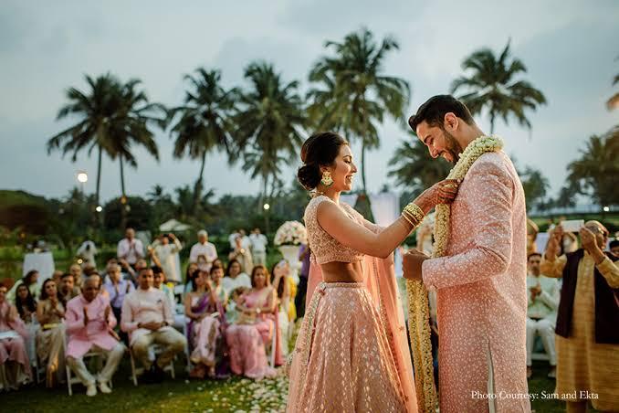 Micro wedding, Wedding trend predictions