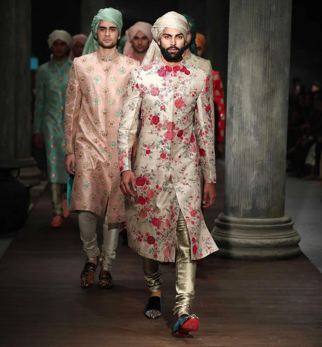 groomsmen outfit ideas, groomsmen attire ideas, groom and groomsmen attire ideas, casual groom attire ideas
