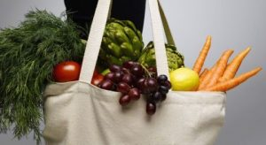 clean grocery bag- covid free vegetables