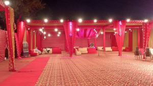 Set up wedding in open grounds to maintain social distancing in your safe wedding