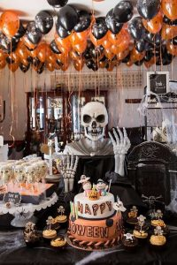 Choose a Theme for a Great Halloween Party