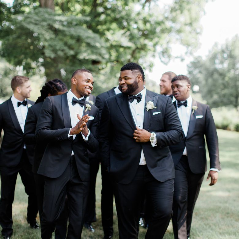 Groomsman duties of talking the groom out of problems