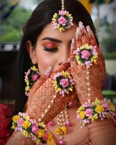 Haldi Flower Jewellery Designs- Maang Tikka