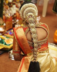 South Indian Bridal Hairstyles_Golden Ornament Jada