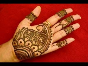 mehendi designs for kids _ palm moderate