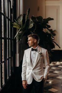 Tuxedo Color White