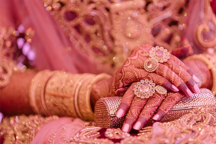 Diamond wedding set for the Islamic bride
