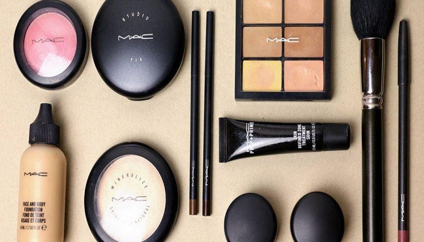 Essential Bridal Makeup Kit FI