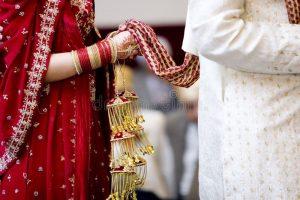 Gujarati Wedding Rituals - Mangal Phere