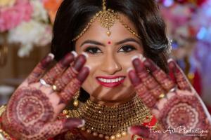 Gujarati Wedding Rituals - Mehendi