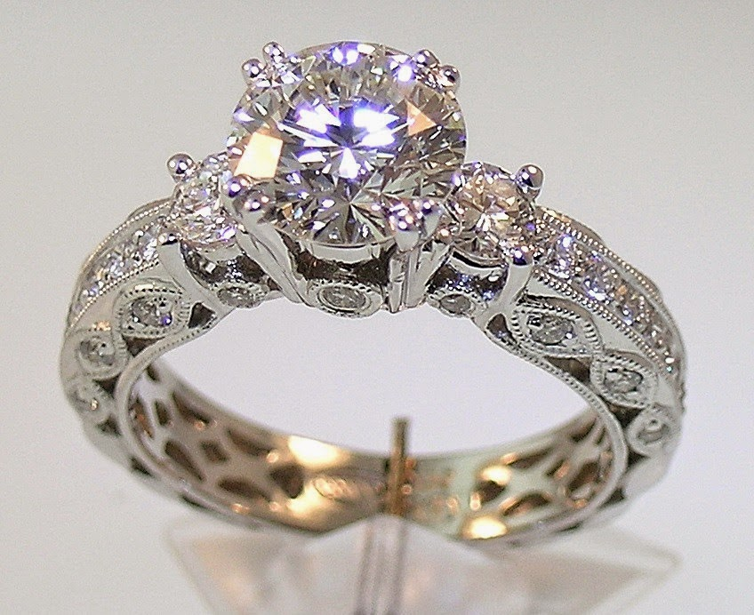 Wedding ring plays an important role in Muslim marriages.