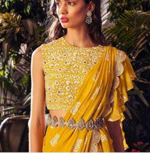 Lace Belt Idea for Saree