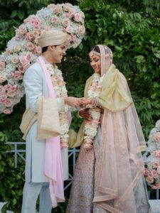 Small Wedding Ceremony Photographer