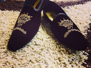 best embroidered groom shoes for sherwani